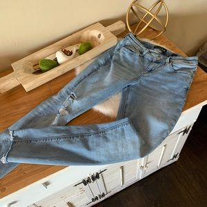 Lucky Brand skinny distressed jeans